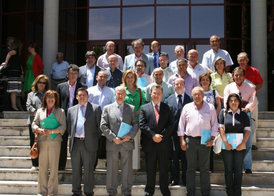 S Nchez Pingarr N Suscribe Convenios Con 27 Municipios De