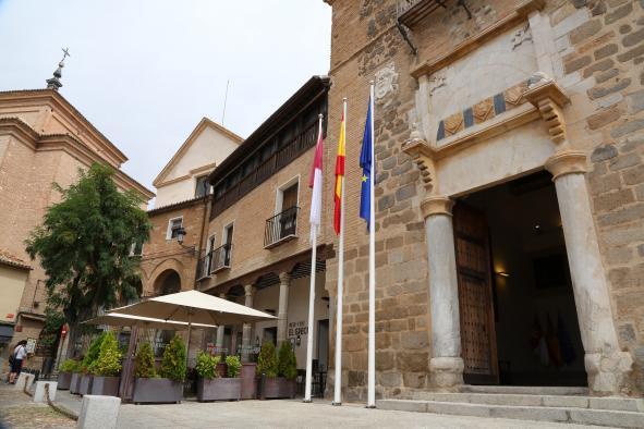 El Palacio de Fuensalida reabre sus puertas a los ciudadanos tras estar años cerrado durante la pasada legislatura