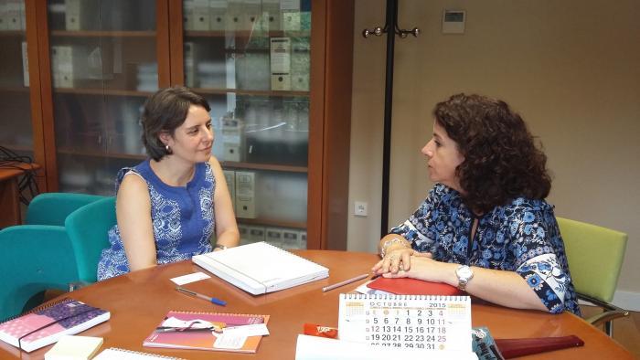 La directora del Instituto de la Mujer y la secretaria regional de Igualdad de CCOO abordan proyectos de colaboración