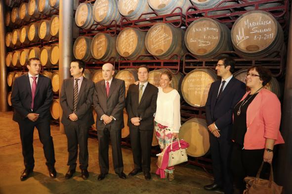"""Visita a la cooperativa vinícola """"Virgen de las Viñas"""" de Tomelloso"""