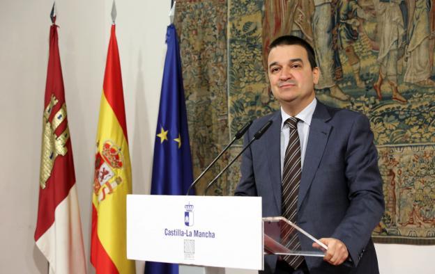 Martínez Arroyo informando sobre el Programa de Desarrollo Rural