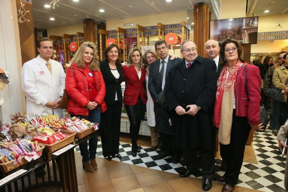 Patricia Franco realiza  una visita a las actuaciones realizadas en comercios de Toledo