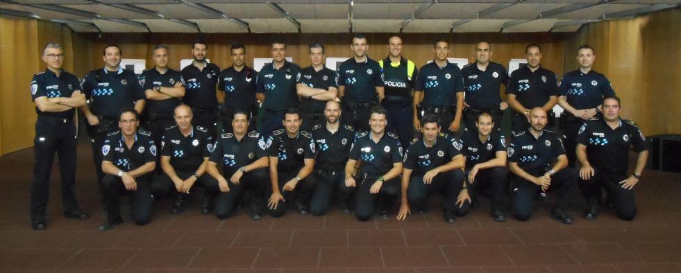 Distinguidos con el distintivo de Especialista en Tiro Policial 86 agentes de la Policía Local de la región