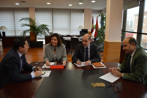 Reunión con el Colegio de Economistas de Madrid, sección Toledo