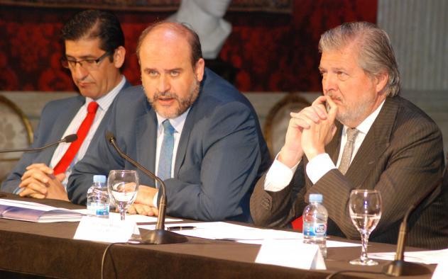 El vicepresidente regional José Luis Martínez Guijarro, ha asistido a la presentación en Madrid de la 39 edición del festival de Almagro