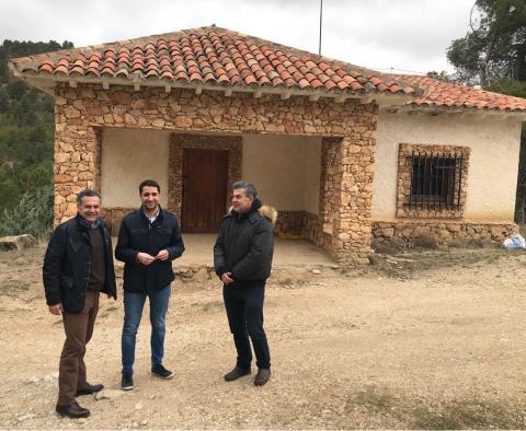 Acto de cesión del uso del Refugio de la Oriñuela al Ayuntamiento de San Pedro