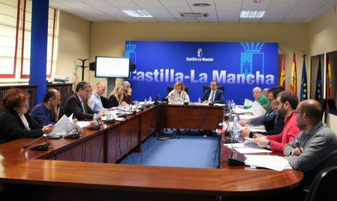 La Comisión Provincial de Urbanismo da luz verde a las construcciones de una planta solar en Carpio de Tajo y de una nueva red de distribución de gas para Illescas, Ugena y Carranque