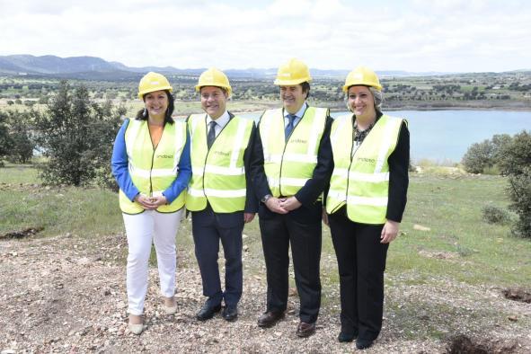 """García-Page ensalza la regeneración ambiental de la mina 'Emma' """"que durante años ha generado valor añadido y riqueza a Puertollano y su comarca"""""""