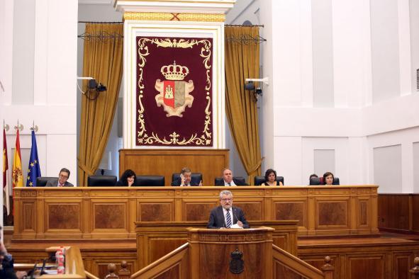 El Gobierno regional reitera su compromiso con la reparación y restauración de los molinos y el castillo de Consuegra
