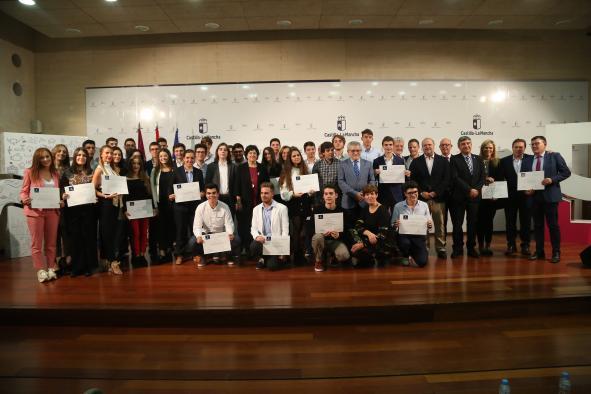 El consejero de Educación, Cultura y Deportes, Ángel Felpeto, presideel  cto de entrega de los Premios Extraordinarios de ESO, Bachillerato y Enseñanzas Artísticas 2017-2018