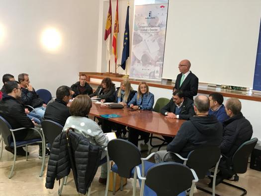 El Gobierno regional anima a los docentes de FP en Electricidad y Electrónica a participar en el curso con certificado `KNX Partner´, incluido en el Plan Regional de Formación del Profesorado