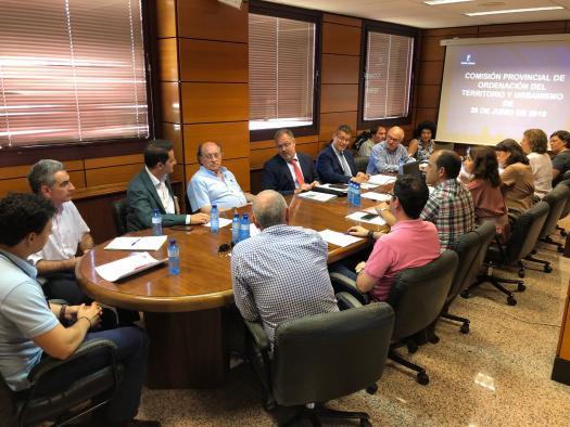 La Comisión provincial de Ordenación del Territorio y Vivienda de Albacete en su reunión de hoy
