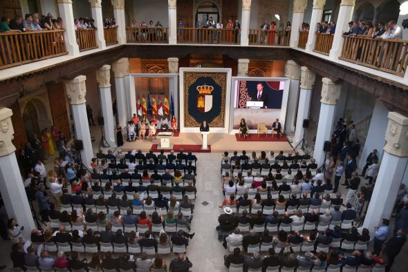 Toma de posesión del presidente de Castilla-La Mancha, Emiliano García-Page
