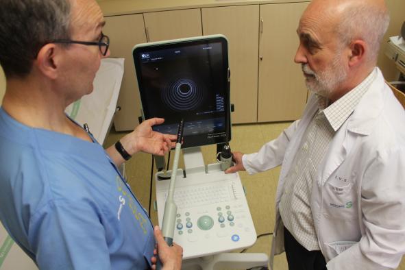 El Gobierno regional aumenta las prestaciones asistenciales del servicio de Cirugía General del Hospital de Toledo con la adquisición de un ecógrafo de última generación
