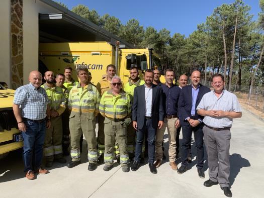 El Gobierno de Castilla-La Mancha refuerza los medios contra los incendios con una nueva base del retén de Navamorcuende
