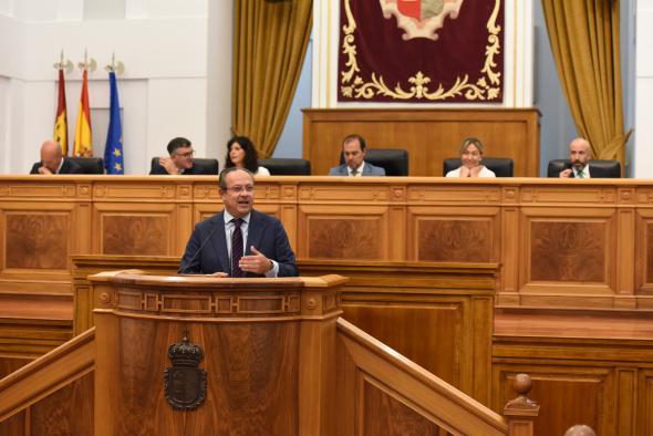 Pleno de las Cortes regionales (Ruiz Molina II)