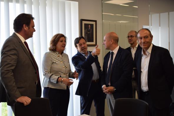 La consejera de Economía, Empresas y Empleo, Patricia Franco, visita las nuevas instalaciones de la Cámara de Comercio e Industria de Albacete