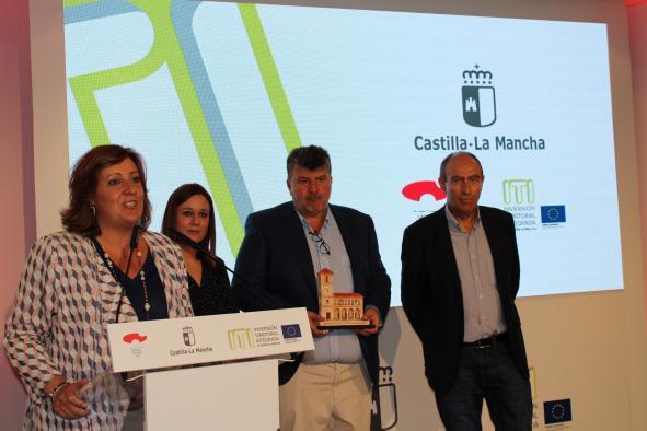 La consejera de Economía, Empresas y Empleo, Patricia Franco, visita el stand de la Junta de Comunidades de Castilla-La Mancha en la Feria de Albacete
