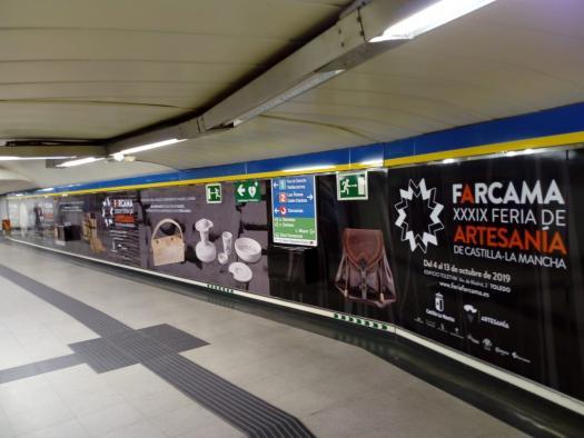 El Gobierno regional promociona la Feria de Artesanía de Castilla-La Mancha en Madrid en autobuses, vallas publicitarias y la estación de metro de Sol