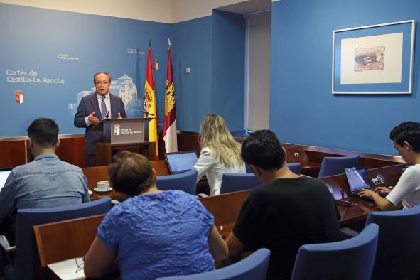 El Gobierno regional impulsará la digitalización de la administración al objeto de reducir la brecha digital y fomentar un modelo de crecimiento basado en las nuevas tecnologías
