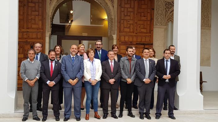 El consejero de Agricultura, Agua y Desarrollo Rural en el Consejo de Gobierno con municipios ribereños
