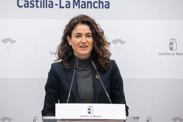 La viceconsejera de Empleo, Diálogo Social y Bienestar Laboral, Nuria Chust analiza los datos del paro del mes de noviembre