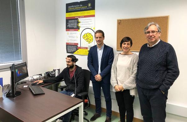 El Gobierno regional apoya proyectos punteros sobre 'Internet de las Cosas' que se está desarrollando en la Escuela Superior de Informática de Ciudad Real