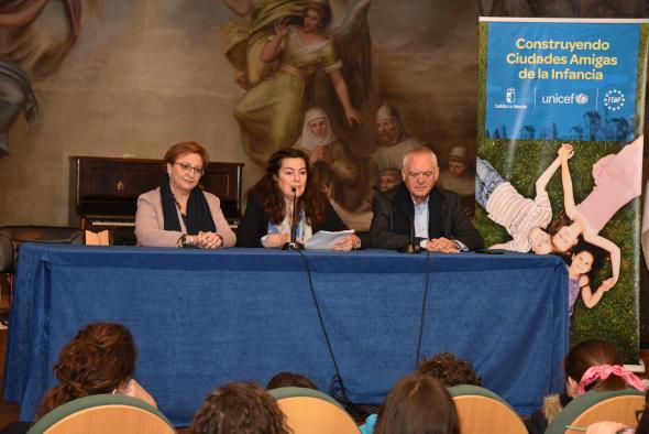 La viceconsejera de Servicios y Prestaciones Sociales, Guadalupe Martín asiste al I Encuentro Autonómico de Consejos de Infancia de Castilla-La Mancha.