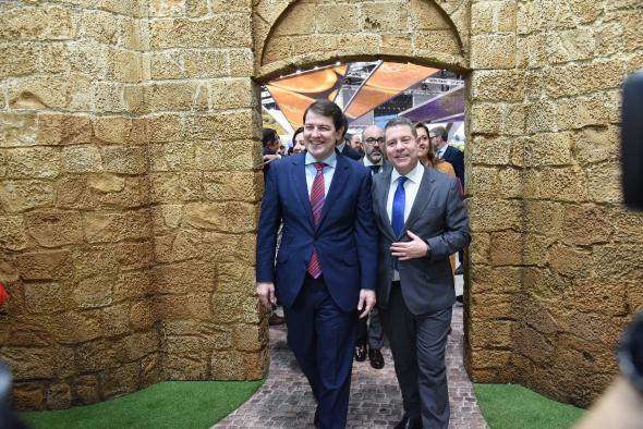 Encuentro con el presidente de Castilla y León en FITUR