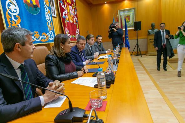 Firma del protocolo de colaboración con el Ayuntamiento de Talavera de la Reina para impulsar la implantación y desarrollo de una plataforma logística en la ciudad