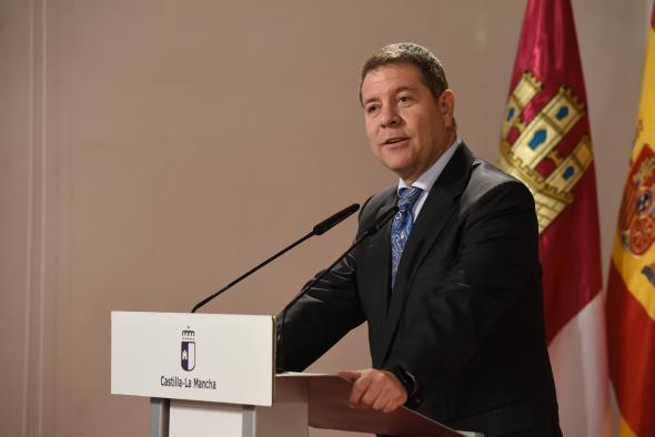 Firma los convenios para el desarrollo de Lanzaderas de Empleo en Puertollano y Talavera de la Reina