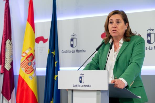 La consejera de Educación, Cultura y Deportes, Rosa Ana Rodríguez, informa, en el Palacio de Fuensalida, sobre asuntos tratados en el Consejo de Gobierno relacionados con su área.