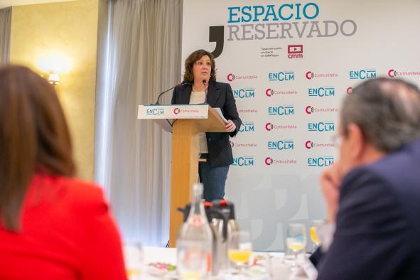 La consejera de Economía, Empresas y Empleo participa en el desayuno 'Espacio Reservado'