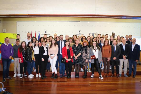 El Gobierno de Castilla-La Mancha ofrecerá a más de 4.000 alumnos de la región la realización de pruebas gratuitas para obtener el certificado B1 en idiomas