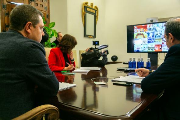 Videoconferencia con los gerentes de los hospitales dependientes del SESCAM