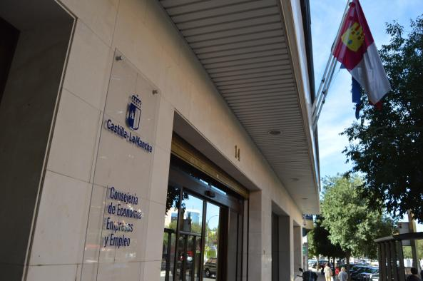 El Gobierno de Castilla-La Mancha ofrece de manera telemática el asesoramiento y la formación a empresas exportadoras a través del IPEX