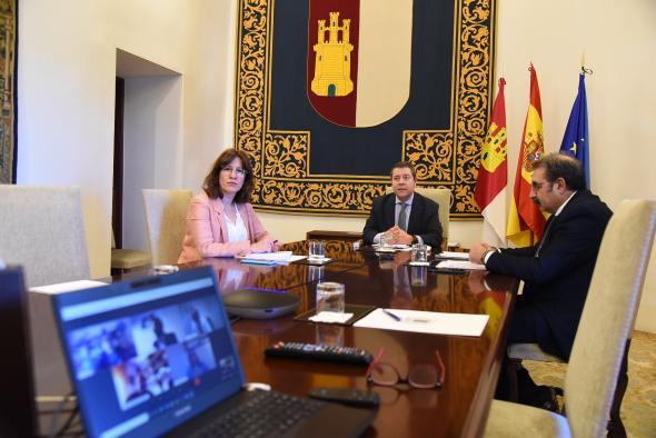 Videoconferencia con los dirigentes de los partidos políticos con representación en las Cortes
