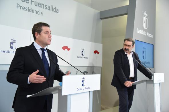 Comparecencia del presidente de Castilla-La Mancha, Emiliano García-Page, para informar sobre la videoconferencia mantenida con el presidente del Gobierno, Pedro Sánchez