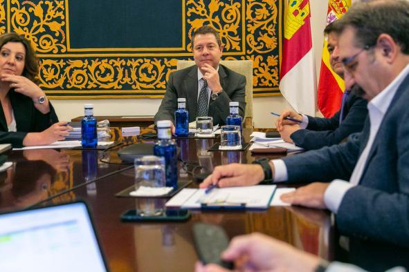 Videoconfrencia con representantes del comercio y la cadena agroalimentaria de la región