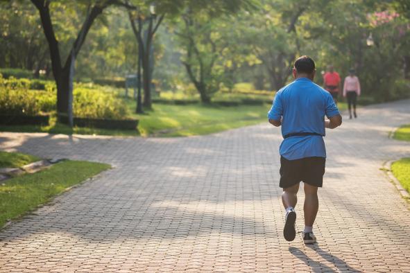 El Gobierno regional pone en marcha el programa 'Mueve-T corriendo' con consejos y técnicas sobre cómo iniciarse en la carrera