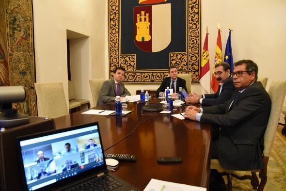 Videoconferencia con representantes de industrias agroalimentarias de la región