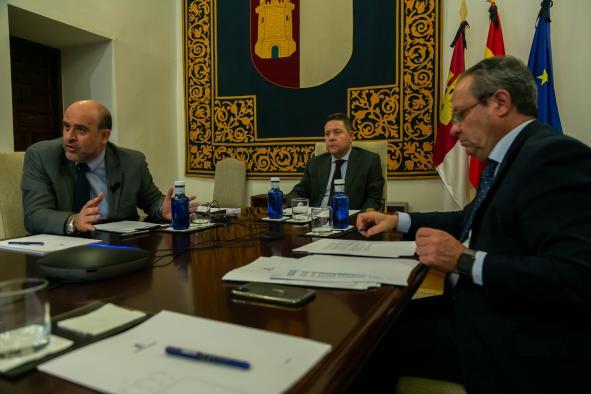 Reunión con representantes del sector taurino de la región