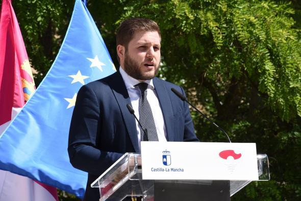 Firma del protocolo del Plan de Infraestructuras de Cuenca y la presentación del estudio de los remontes de acceso al casco histórico (Fomento)