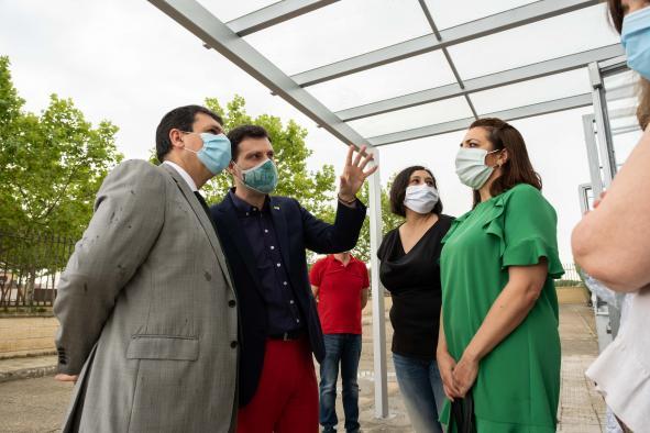 El Gobierno regional destina 40.000 euros a las obras de remodelación de la piscina municipal de Fuensalida (Toledo)