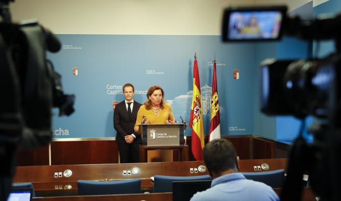 """El Gobierno regional asegura """"que hoy es un día histórico al aprobarse la primera Ley de la Ciencia de Castilla-La Mancha"""""""