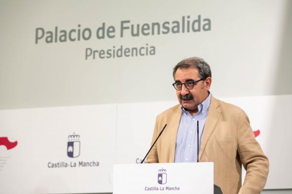 El consejero de Sanidad informa en el Palacio de Fuensalida de Toledo, sobre asuntos del Consejo de Gobierno (II)