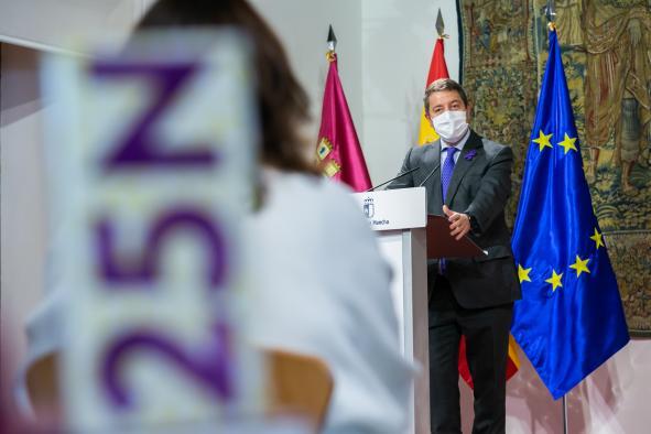 Acto institucional con motivo del Día Internacional de la Eliminación de la Violencia contra las Mujeres