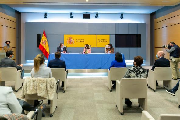 Firma de protocolo con el Ministerio de Defensa