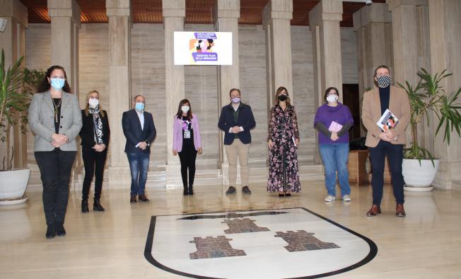 Pilar Callado asiste a la presentación del V Plan para la Igualdad de Oportunidades la ciudad de Albacete
