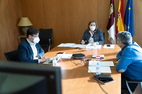 La consejera de Educación, Cultura y Deportes, Rosa Ana Rodríguez, preside la Comisión Permanente del Consejo Escolar de Castilla-La Mancha